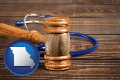 mo a gavel and a stethoscope